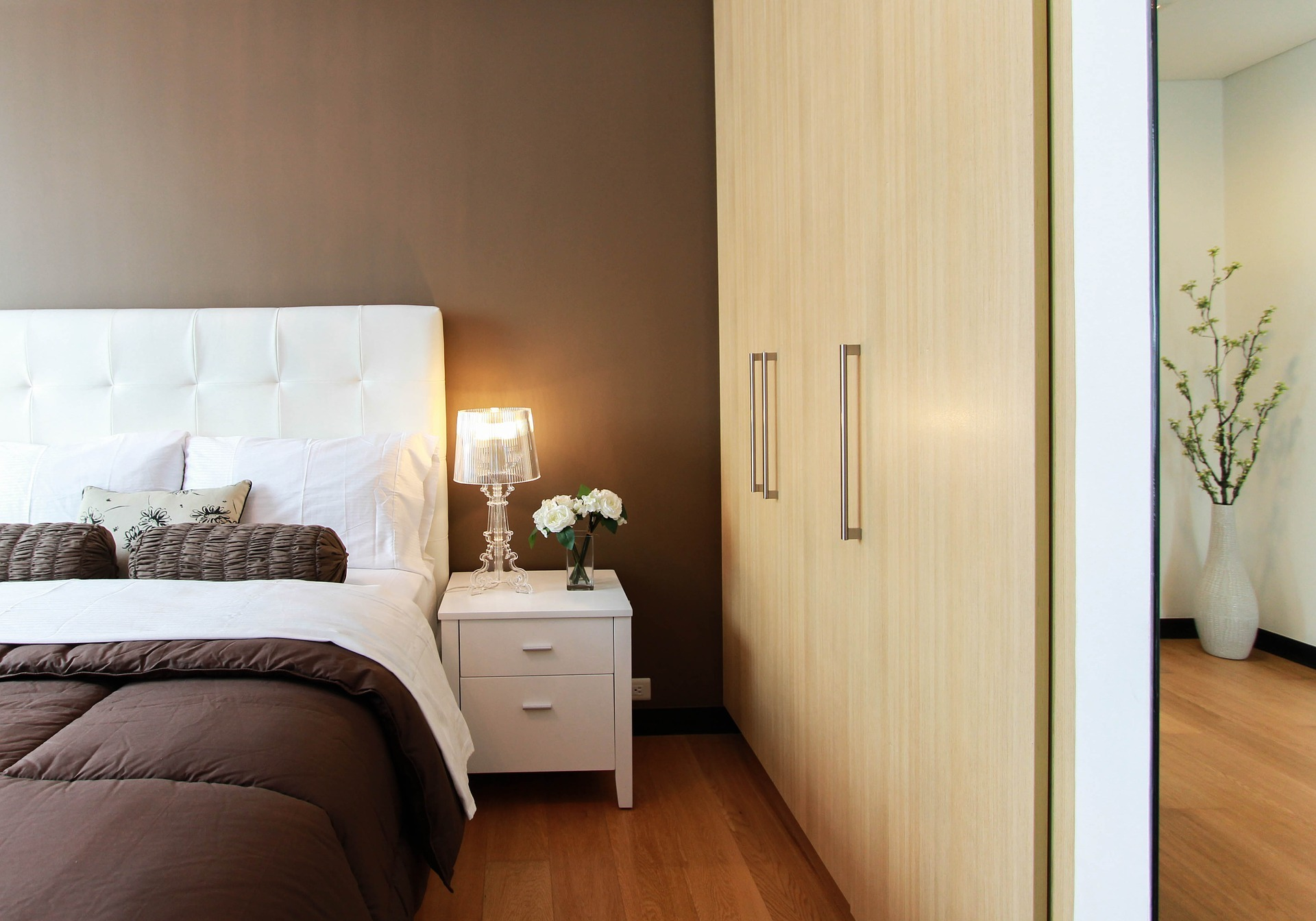 Important Things To Consider When Redoing A Bedroom Closet